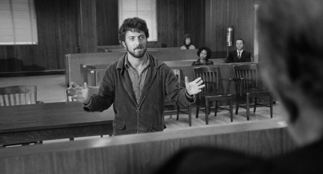 Lenny Bruce (Dustin Hoffman) eschews conventional wisdom to defend himself against obscenity charges.