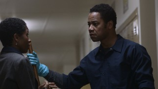 Ex-con Eugene Brown (Cuba Gooding Jr.) gets promoted from janitor to detention monitor by Maud Alton High School principal Ms. King (LisaGay Hamilton).