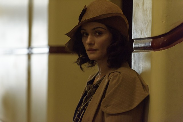 The emergence of Lucy's biological mother Hannah Roennfeldt (Rachel Weisz) complicates life for the Sherbournes.