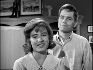 Patty's (Patty Duke) family isn't all that crazy about her steady new boyfriend Richard Harrison (Eddie Applegate).