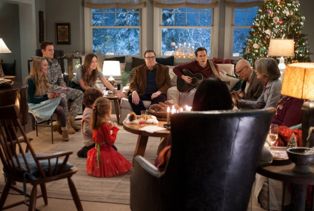 "The fake romance between Joe (Jake Lacy) and Eleanor (Olivia Wilde) is the narrative of greatest interest to ""Love the Coopers."""