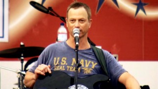Gary Sinise and the Lt. Dan Band rock out for the brave men and women in uniform.