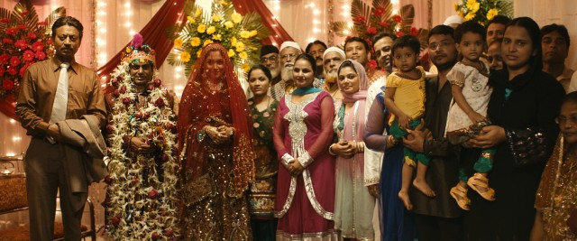 Saajan (Irrfan Khan) is the only family Shaikh (Nawazuddin Siddiqui) has at his colorful wedding to Meherunissa (Shruti Bapna).