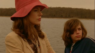Margot (Nicole Kidman) and her pubescent son Claude (Zane Pais) travel by boat to their betrothed relative's Long Island house.