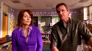 """The Middle"" stars sitcom veterans Patricia Heaton and Neil Flynn as Frankie and Mike Heck, an average American married couple who are old pros at parent-teacher conferences."
