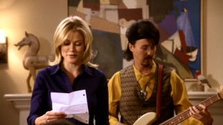 "Claire (Julie Bowen) shares some recollections while her last-minute anniversary gift, backup Spandau Ballet singer Izzy LaFontaine (Edward Norton), performs some of Phil's ""favorite"" songs."