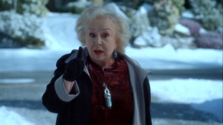 Don't mess with the big dog, Mrs. Merkle (Doris Roberts) advises the twins, after catching their thrown snowballs and getting even.
