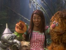 "Ashanti struggles to keep a straight face when Gonzo forgets a line in ""Oz Oops!"""