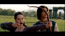 Susan (Anna Popplewell) shows off her archery skills to Prince Caspian (Ben Barnes) in this deleted scene. Ooooh!