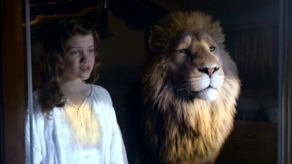 Aslan appears in the mirror to warn Lucy (Georgie Henley) about the dangerous consequences of her newfound vanity.