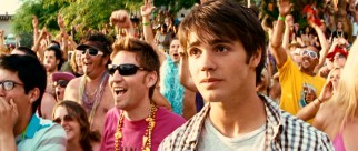 Having relieved himself of babysitting, shy teen protagonist Jake Forester (Steven R. McQueen) finally gets a chance to witness Lake Victoria's bustling spring break activities.