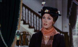 Mary Poppins (Julie Andrews) is the only applicant to fill the Banks' nanny opening.