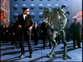 "Will Smith dances with an alien in his ""Men in Black"" music video. Welcome to Earth!"