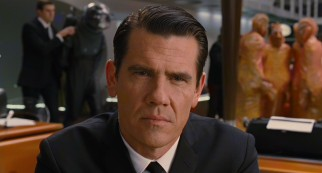 J's time jump takes him back to 1969, where he comes face to face with the 29-year-old Agent K (Josh Brolin).