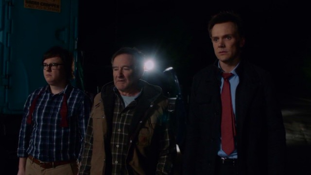 The guys (Clark Duke, Robin Williams, and Joel McHale) fear their Christmas Eve Wisconsin-to-Chicago road trip may have just involved vehicular manslaughter.