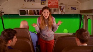 The unreplaced green screen of this deleted scene reveals that Sue's school bus scenes weren't really shot in a moving vehicle.