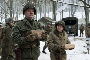 Richard Campbell (Bill Murray) and Private Preston Savitz (Bob Balaban) get some mail during the Battle of the Bulge.