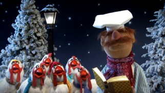 "Camilla and the Chickens join The Swedish Chef to sing ""O Christmas Tree"" for the Disney Intermission feature."