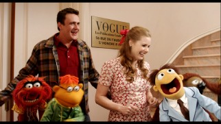 "Humans crack up while Muppets crack wise in ""The Longest Blooper Reel Ever..."""