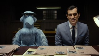 CIA agent Sam Eagle and INTERPOL officer Jean Pierre Napoleon (Ty Burrell) overcome their differences to solve a string of international heists together.