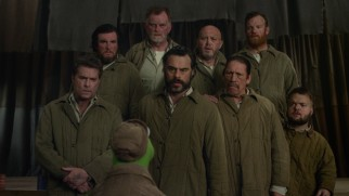 Inside the Gulag, Kermit trains hardened criminals (including Ray Liotta, Jemaine Clement, and Danny Trejo) in the art of musical showmanship.