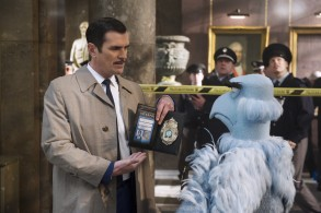 French INTERPOL detective Jean Pierre Napoleon (Ty Burrell) and American CIA agent Sam Eagle duel over the size of their badges.