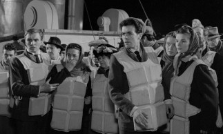 Industrious lower class passengers are surprised by the whole lifeboat scene.