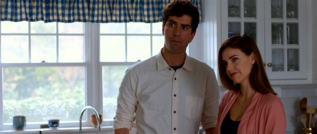 Hamish Linklater and Kelli Garner have the movie's third and fourth biggest roles as Jude's ex-boyfriend/brother-in-law and sister, respectively.