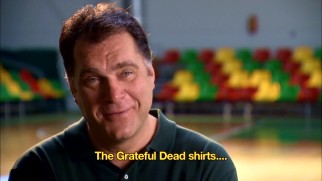 Arvydas Sabonis recalls the 1992 team's flashy tie-dyed shirts provided by the Grateful Dead.