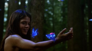 Octavia Blake (Marie Avgeropoulos) discovers one upside to nuclear holocaust: glow-in-the-dark butterflies!