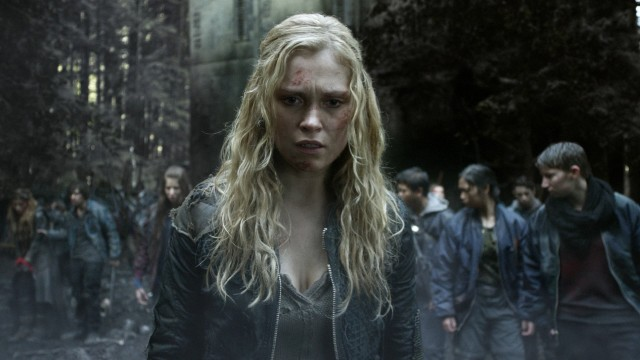 "Protagonist Clarke Griffin (Eliza Taylor) and her fellow juvenile delinquents discover it's a different Earth in ""The 100."""