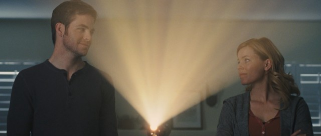 This closing shot of the film, in which half-siblings Sam (Chris Pine) and Frankie (Elizabeth Banks) bond over an improbably joint home movie, intends to warm your heart and moisten your eyes.