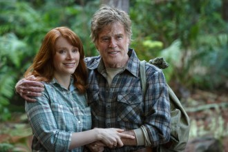 An orphan boy and his dragon friend bring Grace (Bryce Dallas Howard) and her father (Robert Redford) closer together.