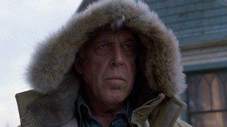 Ominous-looking neighbor Jud Crandall (Fred Gwynne) has big Thanksgiving Day plans for Louis.