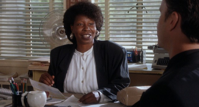 Pasadena police detective Avery (Whoopi Goldberg) isn't convinced of Griffin's innocence in a screenwriter's death.