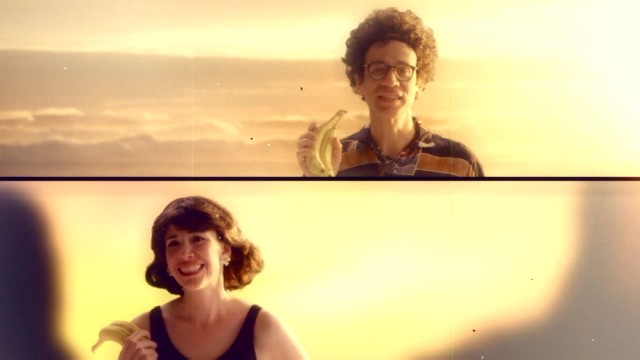 "Peter (Fred Armisen) and Nance (Carrie Brownstein) reunite with the Bahama Knights song ""Banana Daiquiri."""