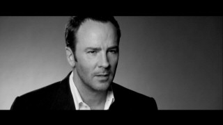 Gucci-saving fashionista Tom Ford opens up about his debut film writing, directing, and producing experiences in the DVD's audio commentary and this making-of featurette.