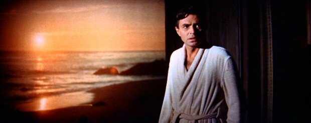 Having battled alcoholism and unemployment, Norman Maine (James Mason) vows to turn his life around with a sunset swim.