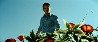 Disturbed from his outdoor bathroom trip, Jeff (Jonathan Tucker) suspects there's just something about these plants.