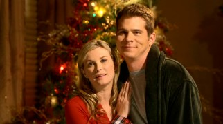 Over the course of the film, childless L.A. couple Kate (Bonnie Somerville) and James Huckle (John Ducey) warm to New York City, minimally profitable toy stores, and the Christmas spirit.