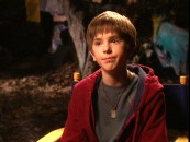 Freddie Highmore answers questions from Nickelodeon's Cinema Spy in this 1-minute TV spot.