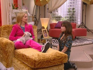 Sonny (Demi Lovato) is so taken aback by Tawni's (Tiffany Thornton) devotion to a plush kitten that she fails to pull up a seat for herself.