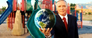Democratic candidate Donald Greenleaf (Dennis Hopper) has got the whole world in his hands in this out-of-character pro-life ad inspired by the swing voter's casual comment.