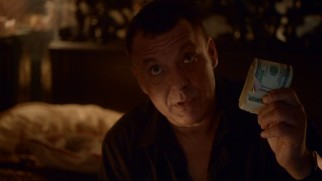 Jack Kopus (Tom Sizemore), a shady New York-based criminal, is also Phillip's father.