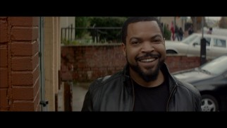 "Ice Cube responds to a passerby's adoring scream in the ""Ride Along"" gag reel."