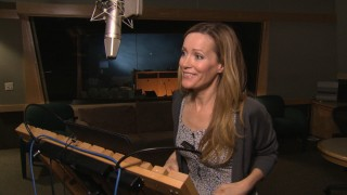 "Leslie Mann records lines as Blu's Minnesotan owner Linda in ""Saving the Species: One Voice at a Time."""