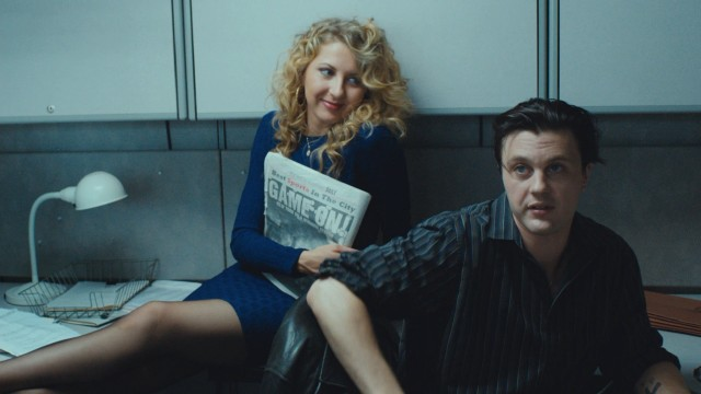"Rosie De Toma (Nina Arianda) and Tommy Uva (Michael Pitt) are like the early '90s version of Bonnie and Clyde in the true crime story ""Rob the Mob."""