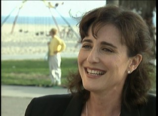 Playwright/screenwriter Robin Schiff, creator of Romy and Michele, speaks in the making-of featurette.