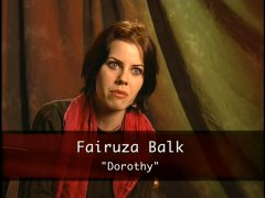Fairuza Returns to Oz