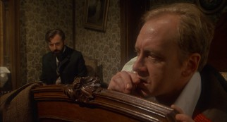 Sherlock Holmes (Nicol Williamson) tries to kick his cocaine addiction under the advice of Sigmund Freud.